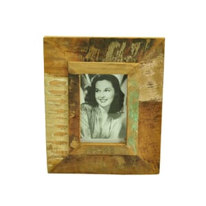 Vintage photo frame from scrapwood – small