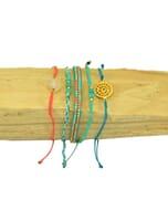 Ibiza inspired armbanden set met halfedelstenen en glaskraaltjes - turkoois koraal