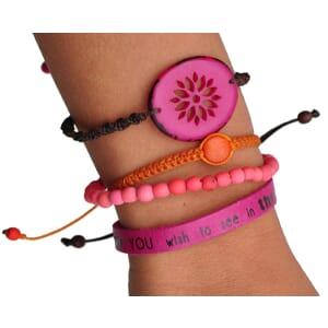 Colombianas - set van 4 handgemaakte armbandjes - fuchsia/koraal