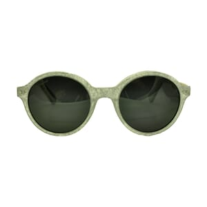 Snow – outstanding sunglasses with subtle colour effect